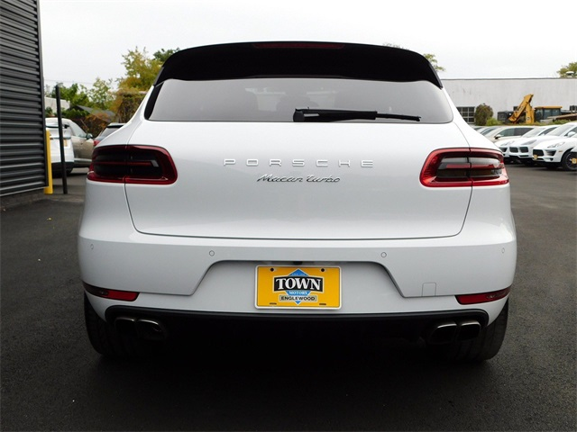 Pre-Owned 2018 Porsche Macan Turbo