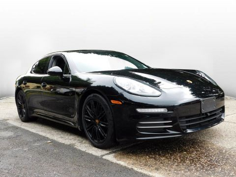 Certified Pre-Owned 2016 Porsche Panamera 4Edition